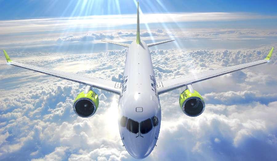 """35b8a2799300 Az Air Baltic a """"fapados"""" modellben működő turistaosztályt a hagyományos  business osztállyal kombinálja."""